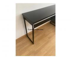 Mueble / escritorio de color negro - 2/4